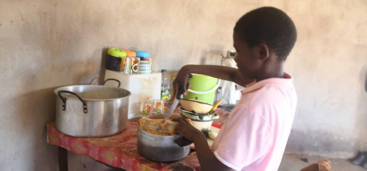 Analysis: Hunger remains a crisis in SA, despite new survey numbers