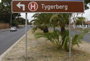 Road Sign Tygerberg Hospital. PHOTO: Nasief Manie/Spotlight