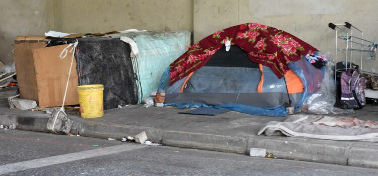 Efforts to vaccinate the homeless stumbling over red tape