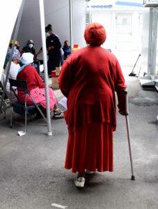 Residents waiting on the vaccine in Khayelitsha. PHOTO: Nasief Manie/Spotlight