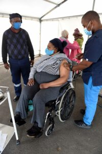 Nontuthuzelo Chabeni decided to get vaccinated despite her fears that were driven by misinformation. PHOTO: Nasief Manie/Spotlight